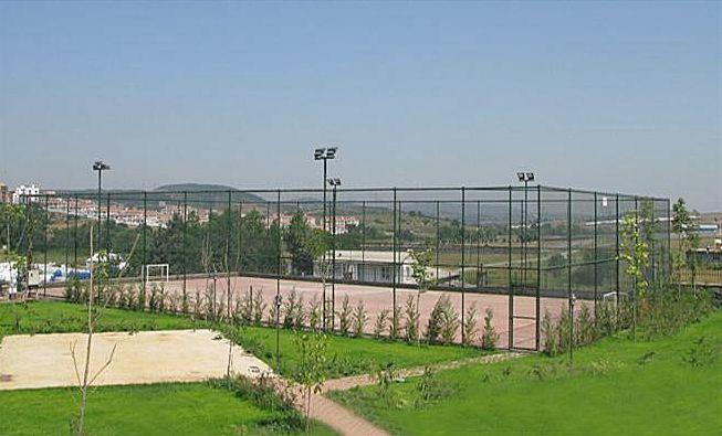Schoonebeek krijgt nieuw sportveld